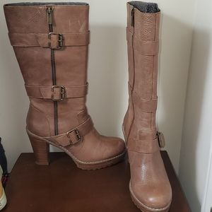 Kenneth Cole Reaction Heeled Zipper Leather Boots